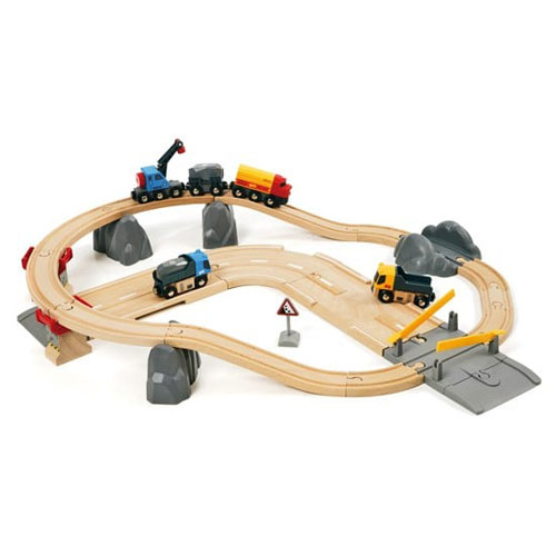 BRIO Railway Rail and Road Loading Train Set (32 pieces)