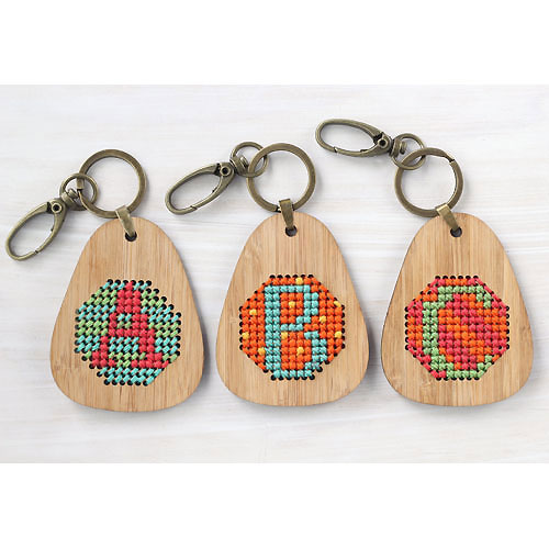 Clementine And Thread Embroidery Kit - DIY Alphabet Keyring