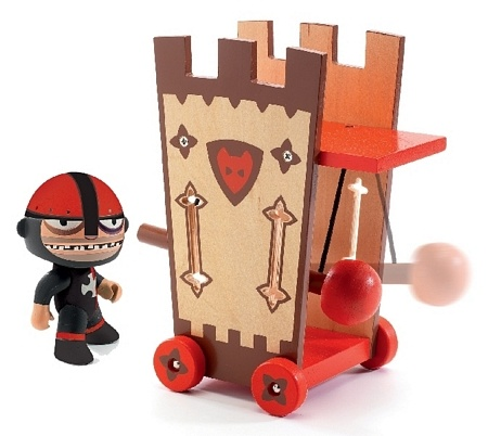 Arty Toys - Darius and Ze Attack Tower