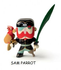 dj6816_arty_toy_pirate_sam_parrot