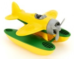 green-toys-seaplane-yellow-detail