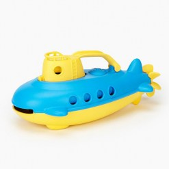 green-toys-submarine-yellow-detail
